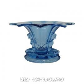 Ваза синего стекла