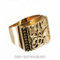 Перстень с цветочным орнаментом