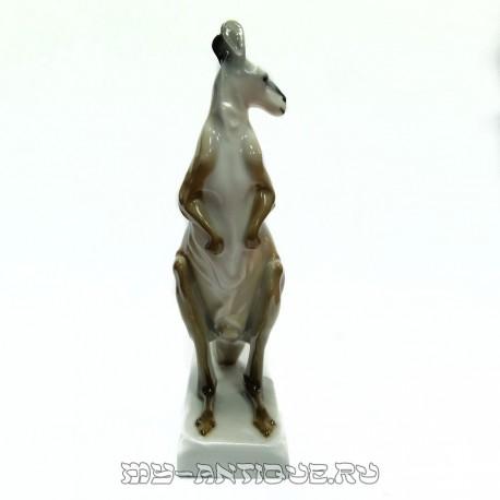 Фигура «Кенгурёнок»