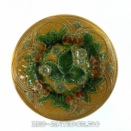Тарелка декоративная «Клубника»