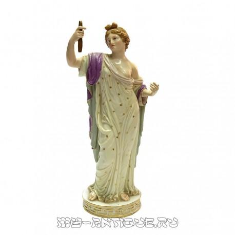 Статуэтка «Дама со свитком»