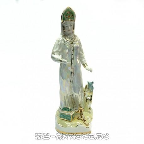 Фигура «Хозяйка Медной горы»