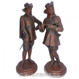 """Парные скульптуры """"Мушкетеры"""""""
